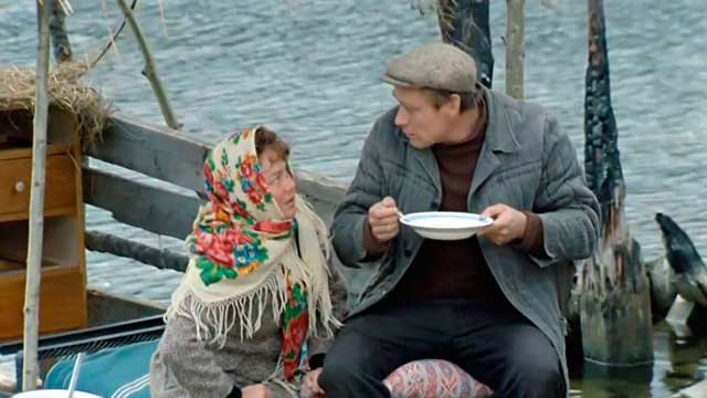 Кино «Любовь и голуби» (1984)