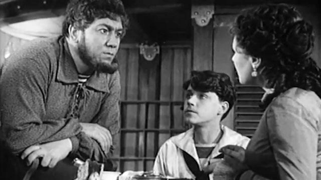 Фильм «Пятнадцатилетний капитан» (1945)