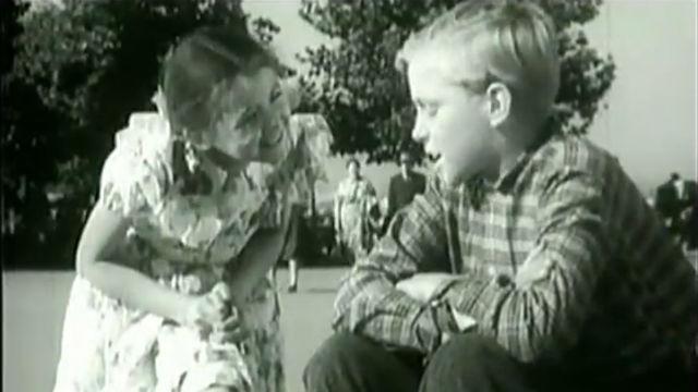 """Фильм """"Девочка и крокодил"""" 1956"""