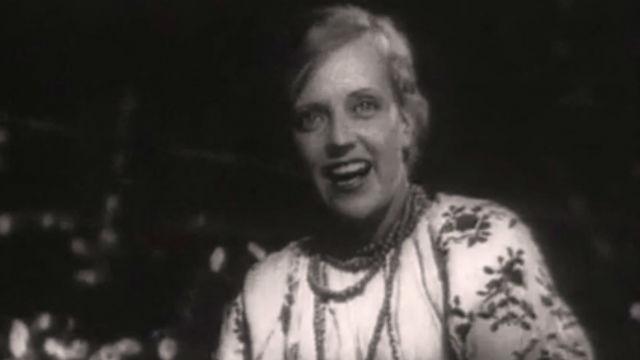 """Фильм """"Богатая невеста"""" (1937)"""