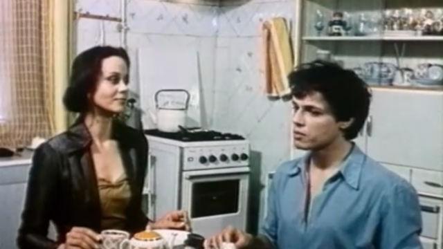 Фильм «Только в мюзик-холле» (1980)